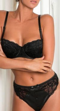 B cup bra set with thong in black